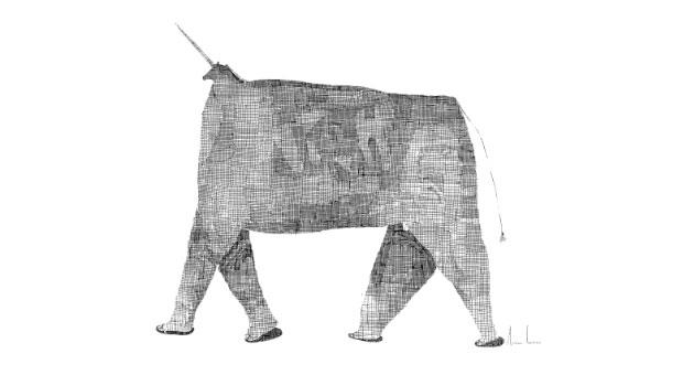 Zwierzobyt wyglądający jak słoń wklapkach. Głowa maleńka przypominająca konia, zktórejwystaje długi cienki róg. Czarne delikatne, gęsto utkane, cienkie linie wypełniają postać niby zwierzęcia.