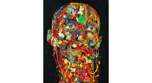 Głowa pomalowana kolorowymi farbami